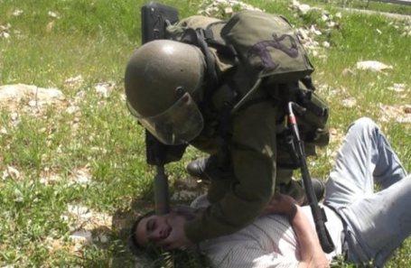 Nabi Saleh, April 8 2011 - Tamimi Press