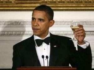 obama_toast_champagne