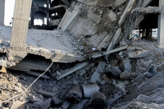 Israel-Attack-Gaza-Jan-2014-Building-destroyed