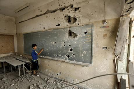 school_damaged_in_operation_protective_edge_gaza_city_7_august