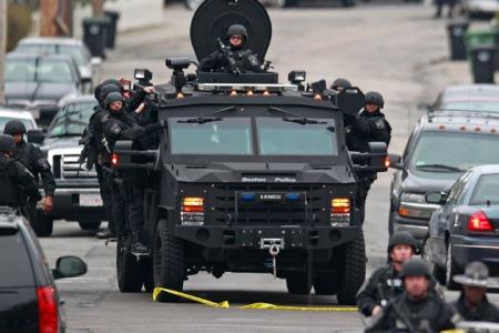 ap_boston_police_hunt_630x420_130419