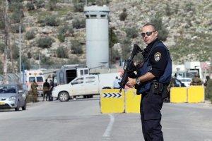 israeli-checkpoint-military-checkpoint-Einav-checkpoint-east-ofTulkarem-2